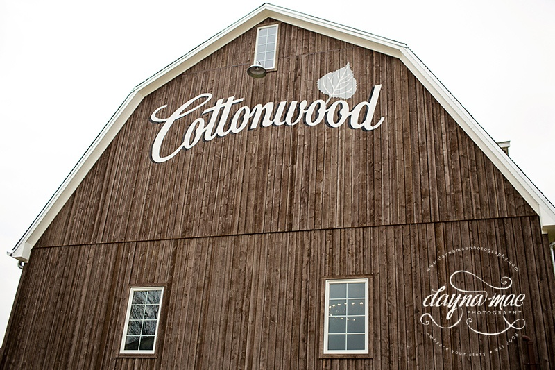 Dayna_Mae_Photography_Cottonwood_Barn18