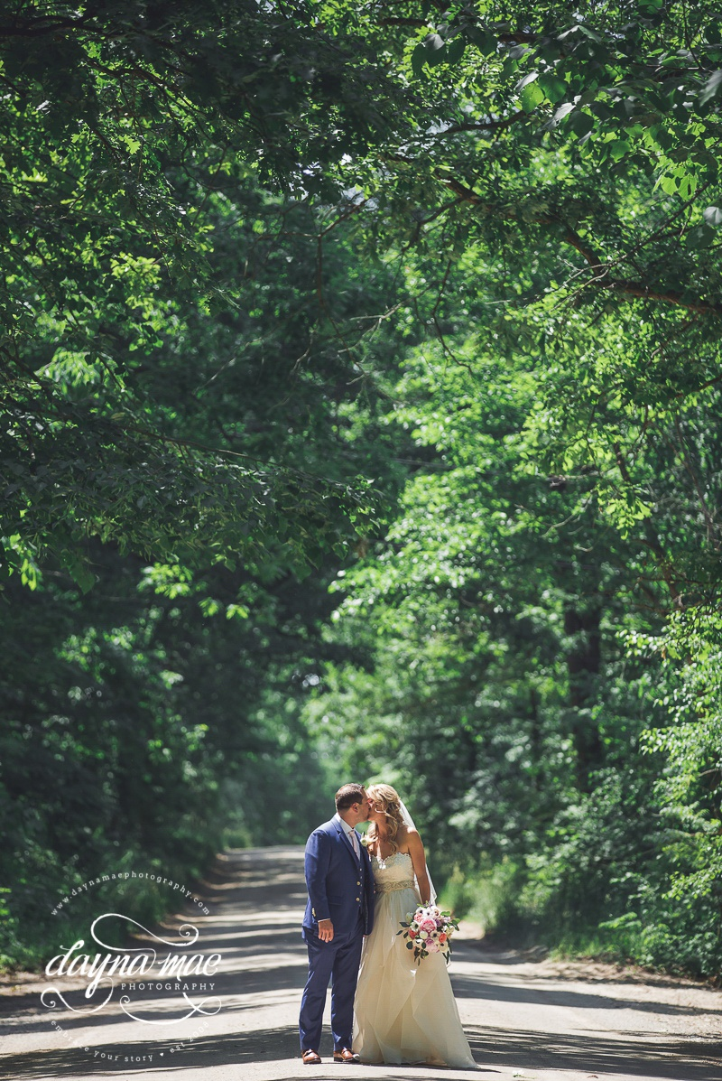 Ann_Arbor__Barn_Wedding-029